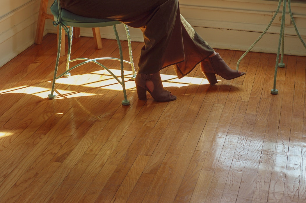 How to Choose the Right Flooring Professional to Work on Your Home