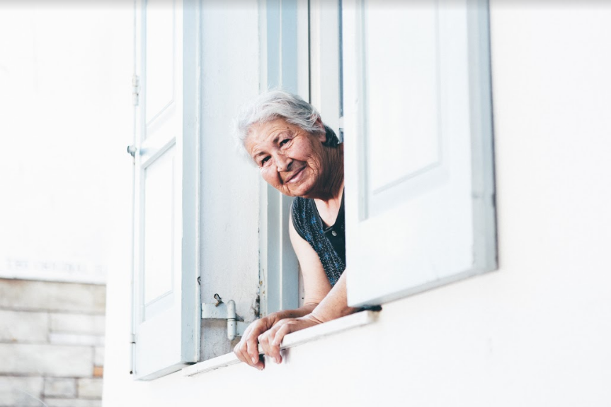 Essential Things To Keep In Mind When Hiring An In-Home Caregiver
